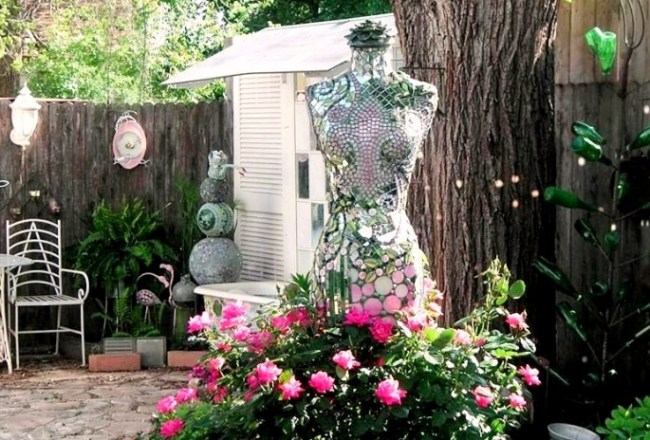 Becky Norris's garden mannequin