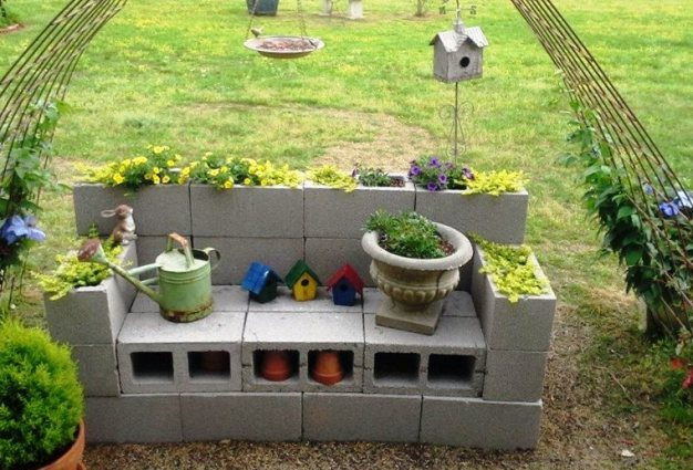 Billie S Diy Cinder Block Planter Flea Market Gardening