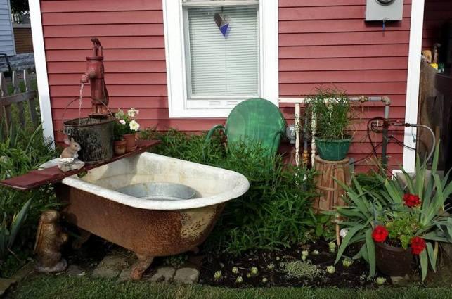 Debbie Thompson's 'work in progress' tub