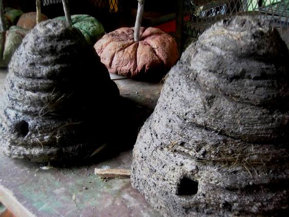 Laura also made bee skeps from hypertufa, a lightweight concrete with straw