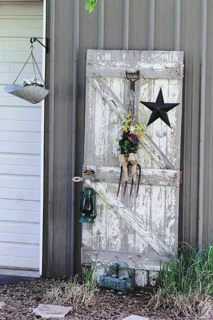Fun Garden Vignettes From Vintage Doors Flea Market