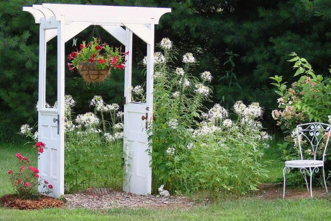 Jeanne's original,...and famous door arbor