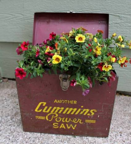 """Itsy Bits And Pieces """"Garage sale find this week..."""""""