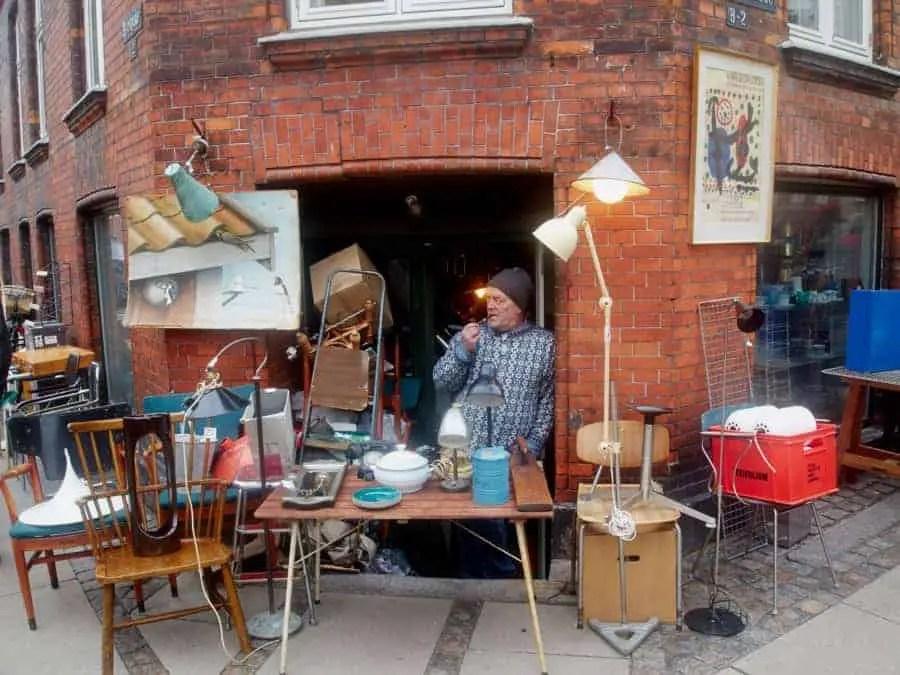 ravnsborggade-loppemarkedet-henrik-lahnet