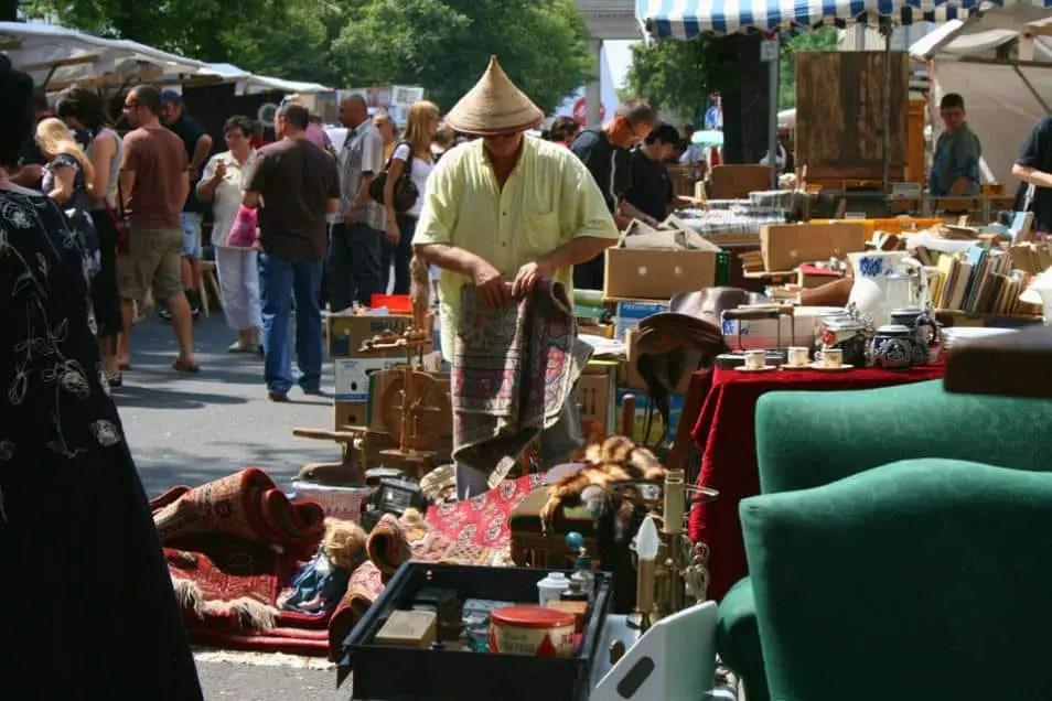Straße-des-17-Juni-Flea-Market