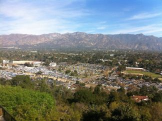 bird eye view of the Rose Bowl Flea Market