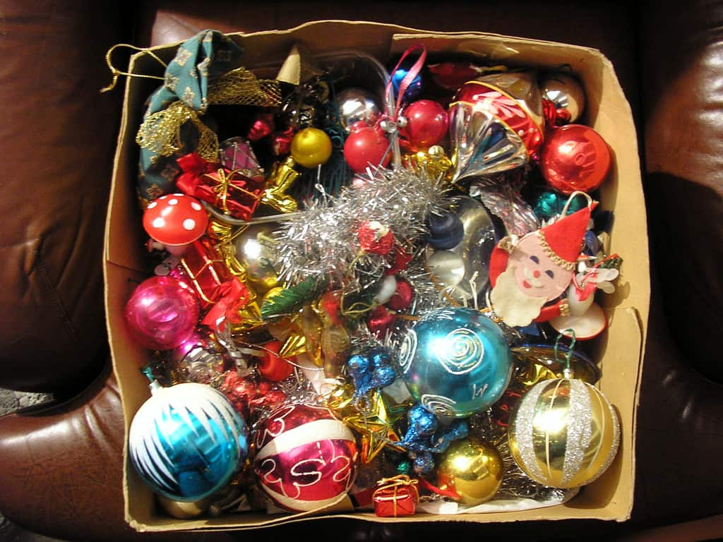 David Zellaby GOLDEN AGE CHRISTMAS TREE ORNAMENTS
