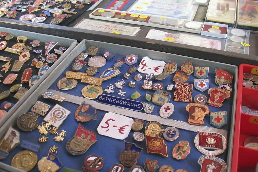 crbassett - Pins and Medallions