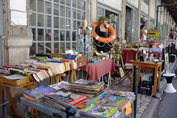 Feira da Ladra flea market, Lisboa-004