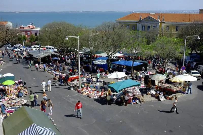 Feira da Ladra flea market, Lisboa-005