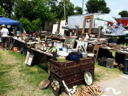 Nashville Flea Market - antiques and bric a brac