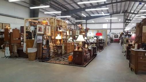Lakewood 400 Antiques Market 9
