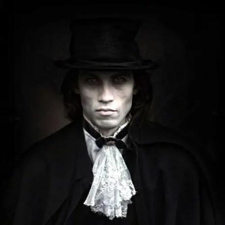 schoolboy-vampire