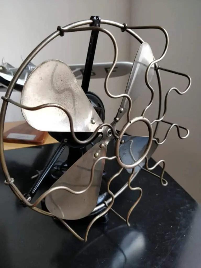 Art Deco Marelli desk fan 4