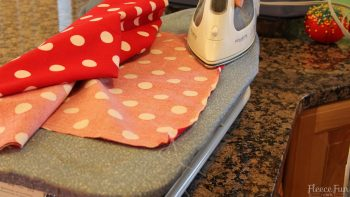 I love this child apron tutorial. It has a free sewing pattern. Great sewing project.