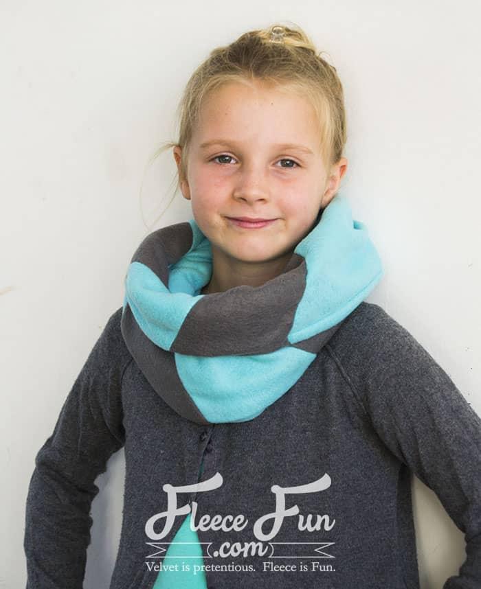 Colourblocked Cowl Tutorial - Pienkel for Fleece Fun