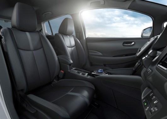 Interni Nuova Nissan LEAF