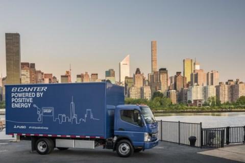 FUSO eCanter: Negli USA le prime consegne con un Truck elettrico