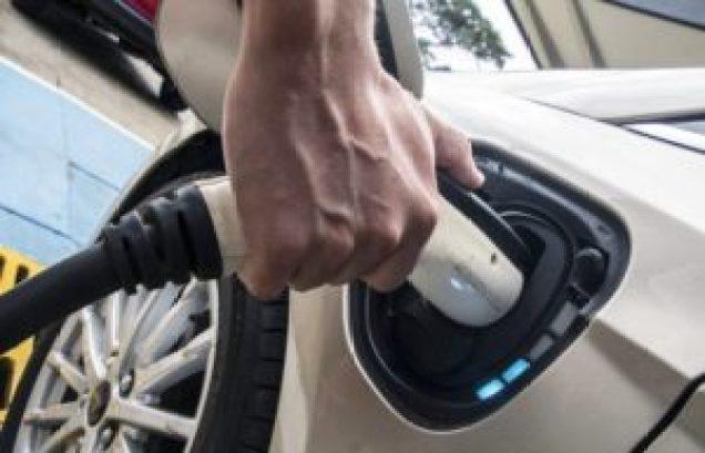 Auto benzina e diesl addio
