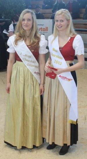 Andrea Maizinger aus Kärnten hatte drei Jahre das Amt der Miss Charolais inne und übergab nun diese Aufgabe an die neu gewählte Miss aus Niederösterreich: Antonia Krenn!