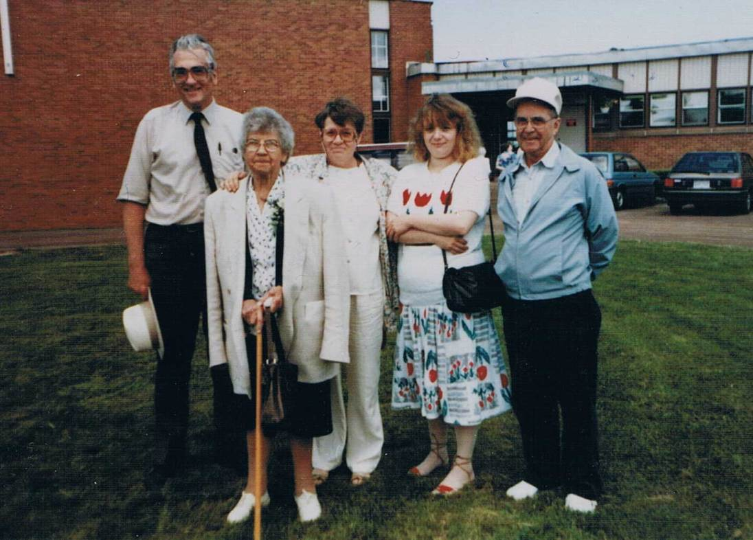 Flemming, Magda, Anna and her daughter Kathy