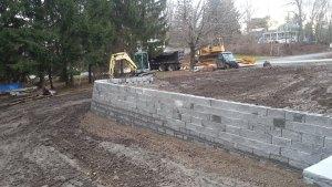 retaining wall - retaining-wall