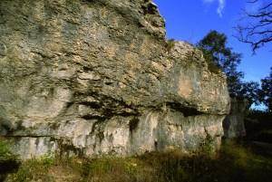 Abri sous roche Roches d orgères