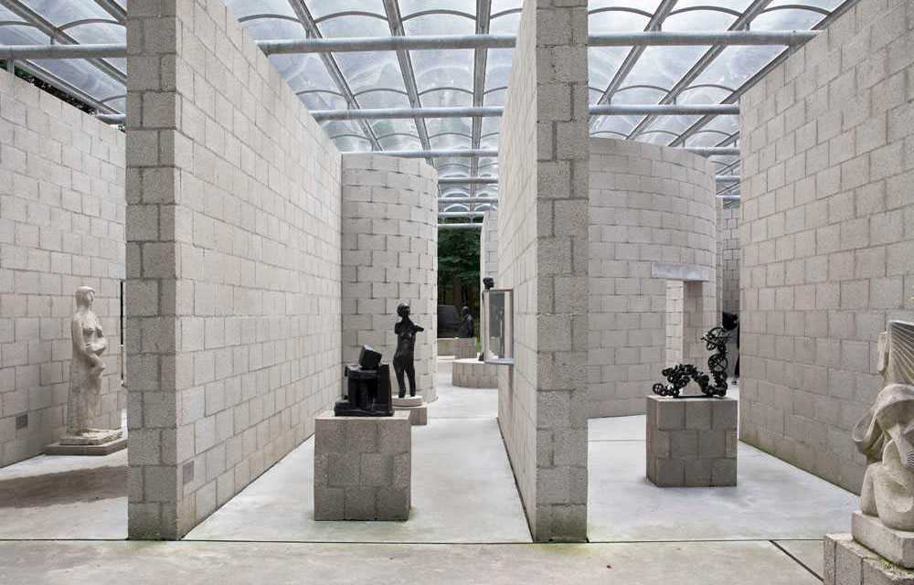 ART ON DISPLAY, een reconstructie van het sonsbeek paviljoen van aldo van eyck door jo taillieu