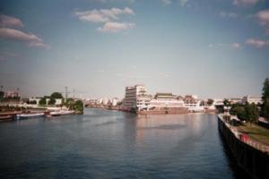 Confluent de la Seine et de la Marne. Patrick Huet