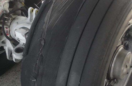 SDR 510021000 | Boeing 747-438 tyre—tyre failed. No 13 main landing gear tyre blown and tread separated. Investigation continuing. P/No: 161U00011. TSN: 89804 hours. TSO: 6658 hours.