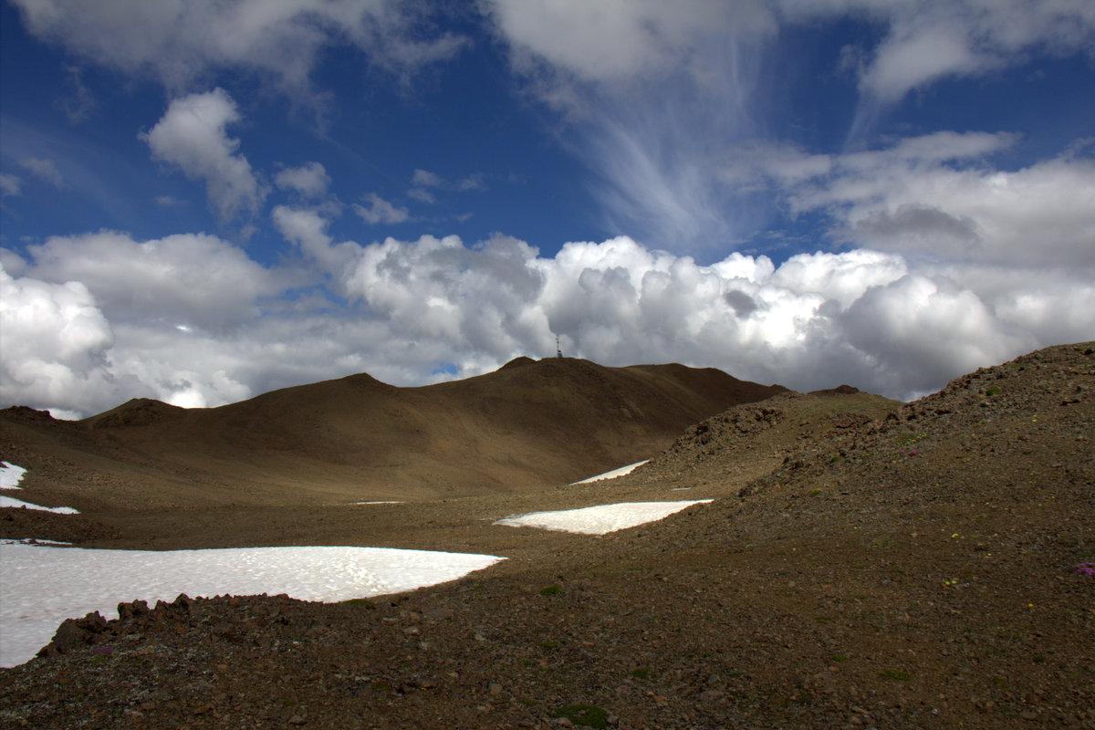 Hiking Denali
