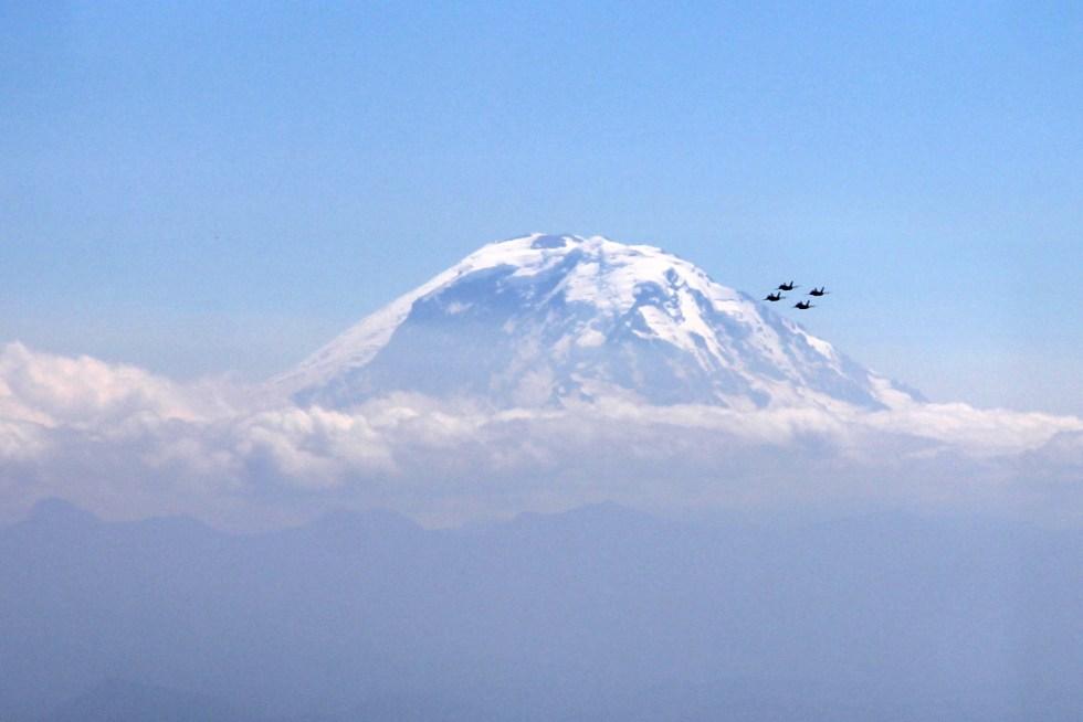 Blue Angels stunt team in front of Mt. Reinier