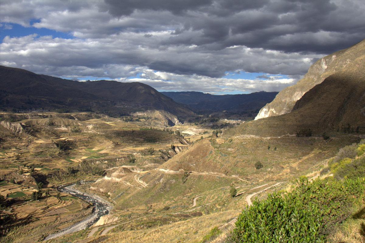 A Big Canyon, Big Birds And A Slightly Too Big Hike
