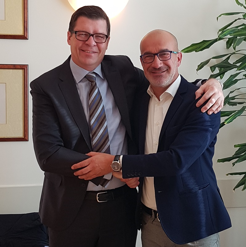 Mr. Kim Melander of Flint Group (left) and Mr. Nicola Mellon of Eston Chimica (right)