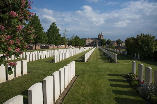 QC Merville Cemetery Facing South 3