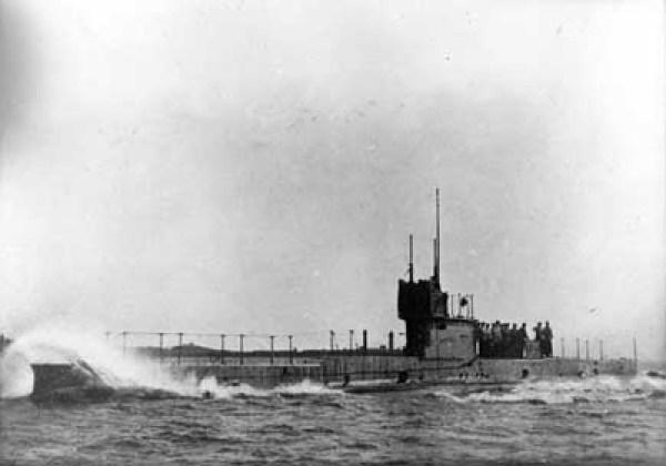 HMAS AE1