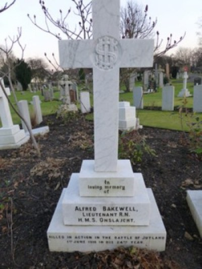 Lt Alfred Bakewell Headstone