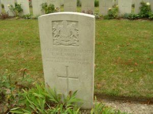 Eric's grave in Roeux Pas de Calais.