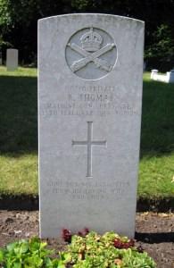 Saltney -Robert THOMAS - Overleigh Cemetery Chester 2