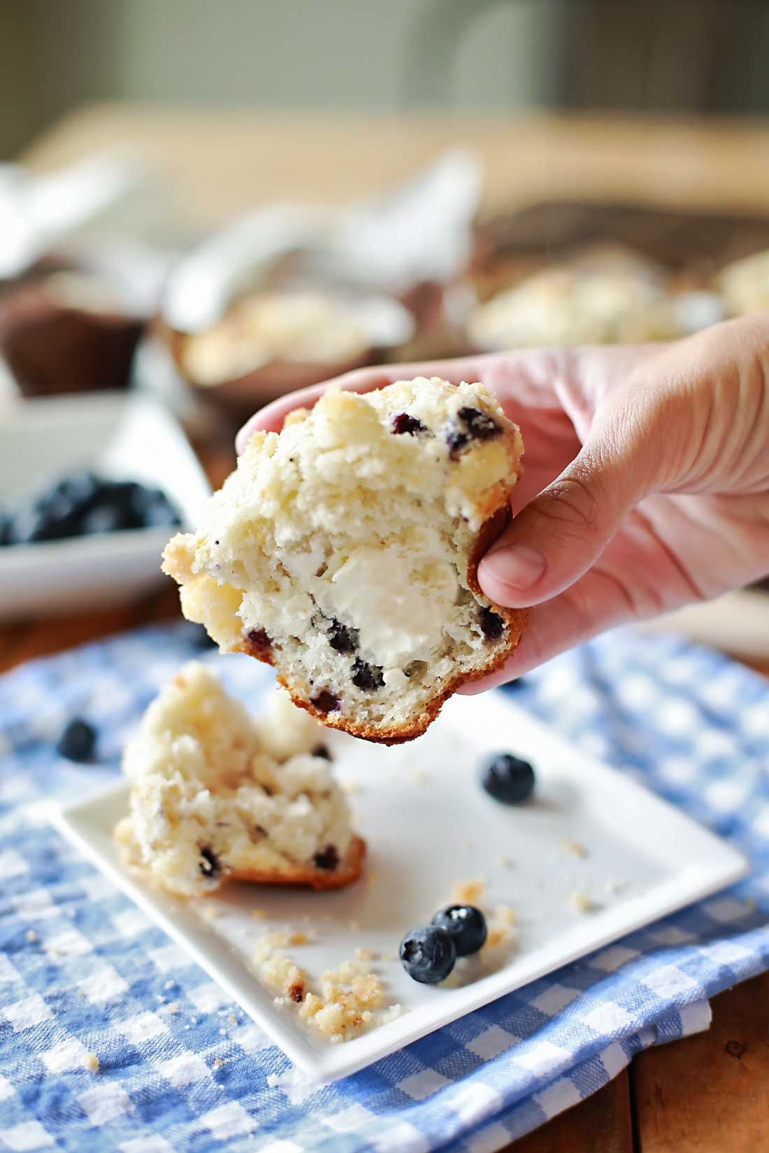 Cream Cheese and Blueberries Streusel topped Muffins that taste SOOOO GREAT!