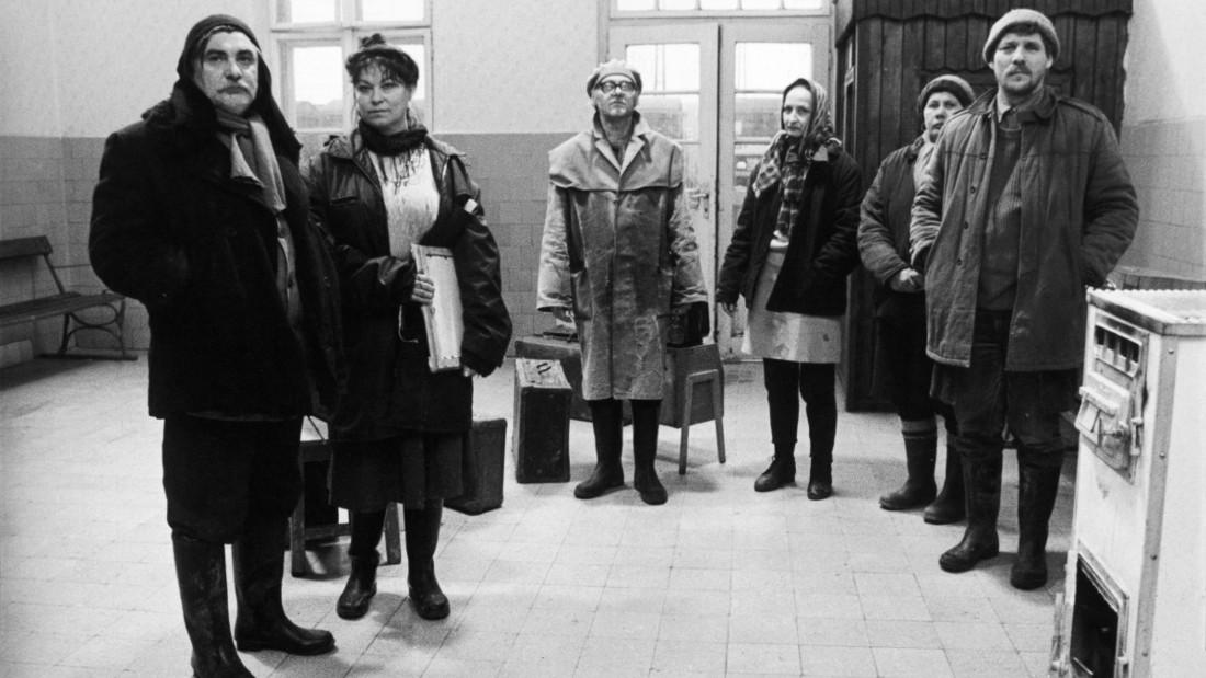The cast of Béla Tarr's Sátántangó