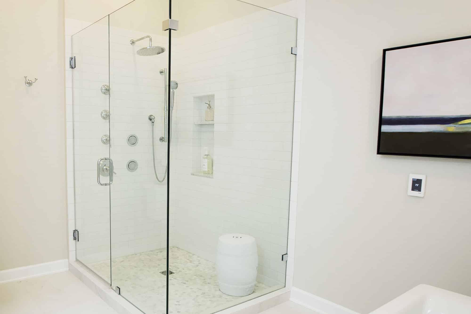 FLOOR360 | Bathrooms