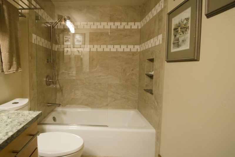 Prairie Style guest bath