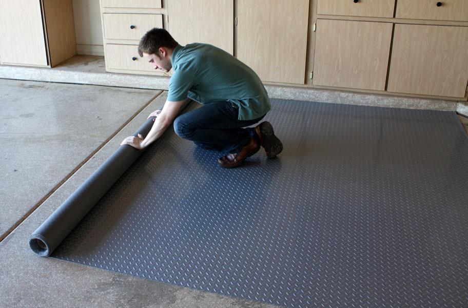 Garage Flooring Buyer S Guide Tiles Rolls Epoxy Amp More