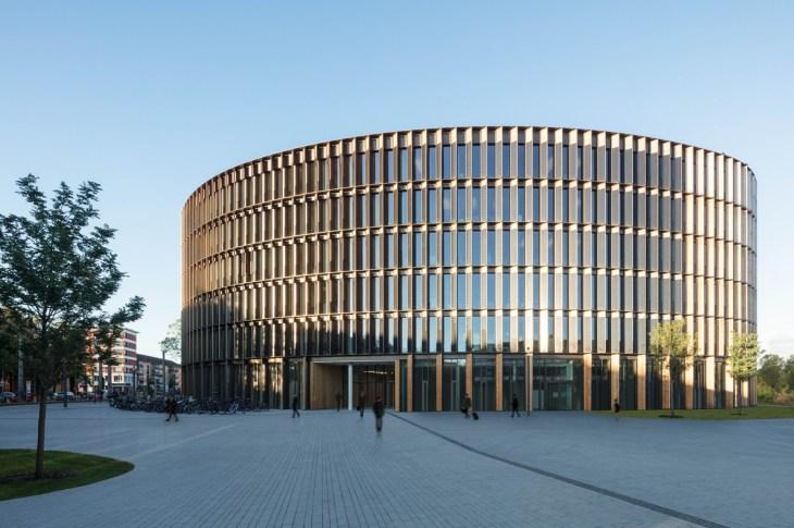 Ingenhoven Architects Freiburg Town Hall Friburgo | Floornature