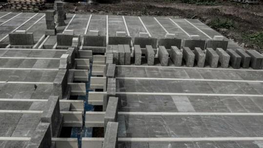 Light beam install with blocks