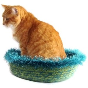 Hand Knit Peruvian Highland Wool Felted Cat Napper Cat Bed - Nedjem