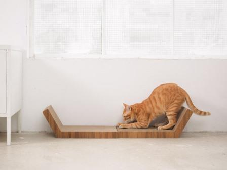 KATRIS Shred-Resistant Cat Scratchers KATRIS Lynks cat scratching