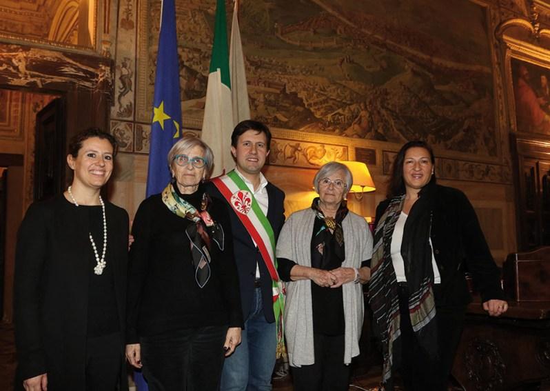 Tatiana and Andra Bucci with Dario Nardella, Mayor of Florence and Maria Federica Giuliani