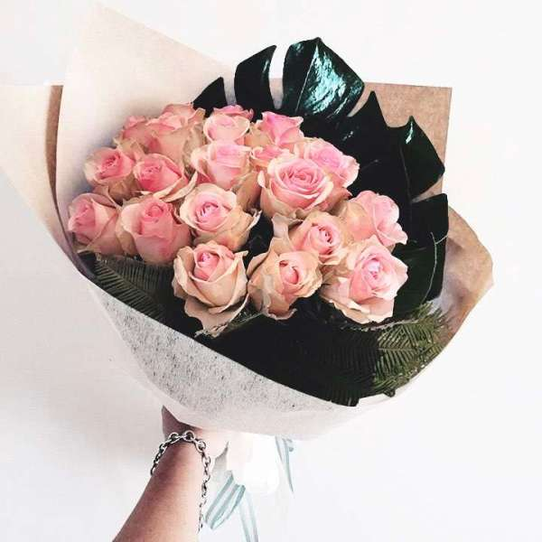 Flowers & Bouquets Pink Rose Perfection